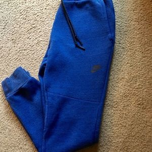 Nike Joggers slim fit Size S